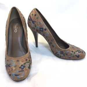 Aldo Brown Leather Embroidered Pump Floral Size 6